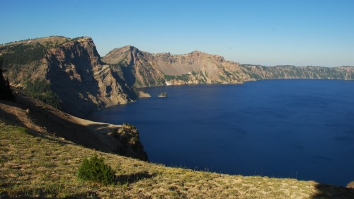 crater lake east rim view