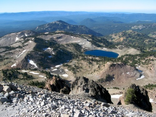 lassen peak trail lake helen