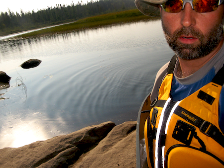 bwca_haul-canoe-onto-land