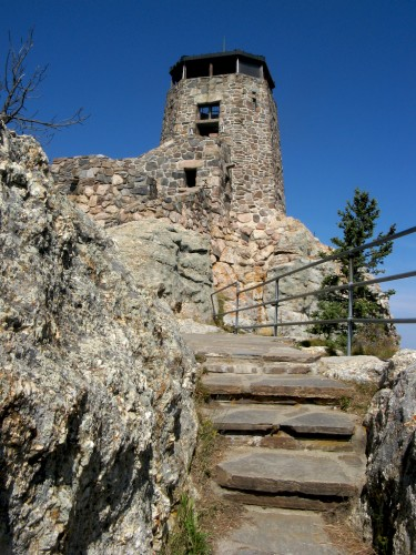 harney-peak_watchtower