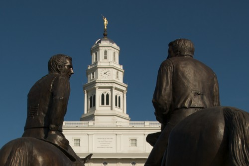 nauvoo_horses-temple