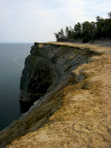 pictured-rocks_cliffs (1)