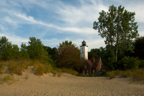 presque-isle-lighthouse