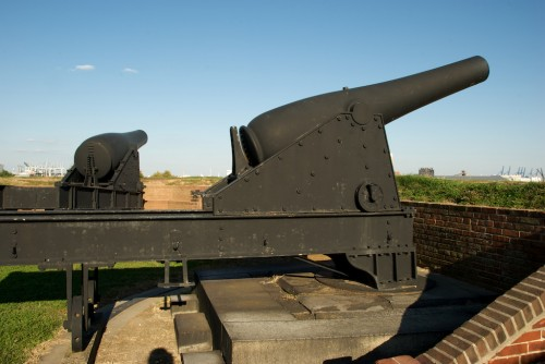 ft-mchenry_cannons