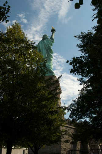 sol_statue-of-liberty-back