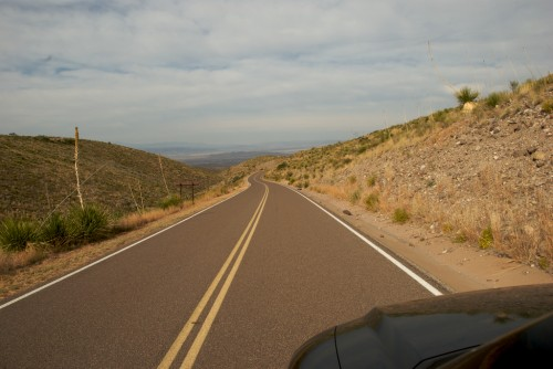 big-bend_desert-drive