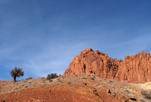 capitol-reef-chimney-rock 15
