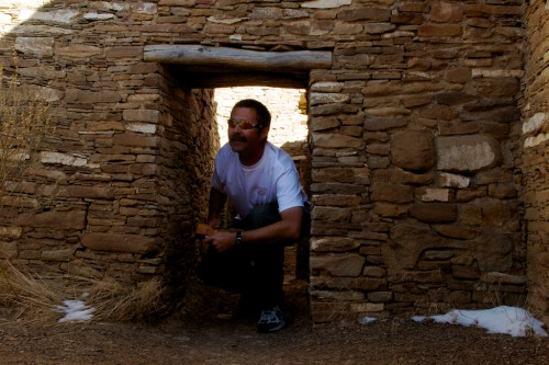 chaco-canyon_me-door